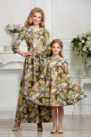 Mother daughter matching summer dresses